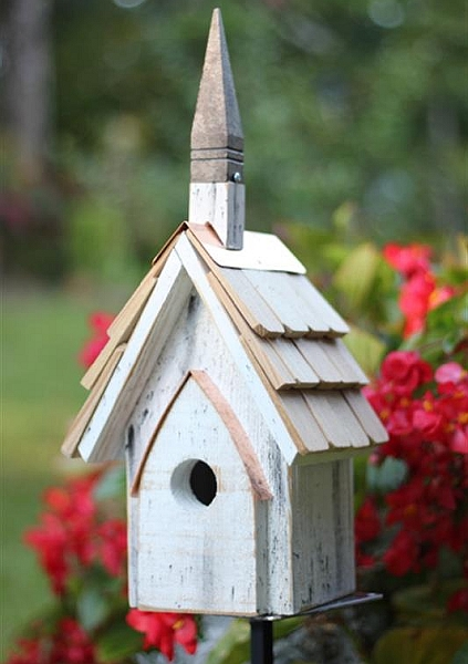 Heartwood classic chapel bird house for Classic bird houses