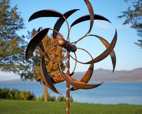 Feather wind spinner w twisted stake for Outdoor wind spinners
