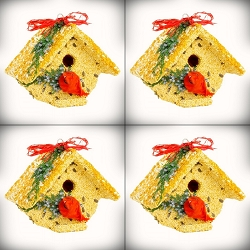 Wren Casita Christmas Cardinal Edible Birdhouse 4/Pack
