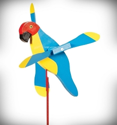 Whirly Bird Macaw Spinner
