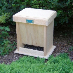 Conservation Wildlife Feeder