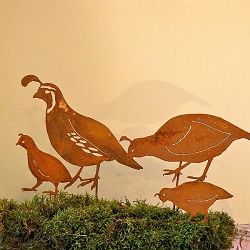 Elegant Garden Design Bird Silhouette California Quail Family Stake Set