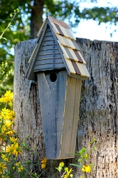 Air Castle Birdhouse Grey