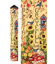 4 ft. Art Pole 4x4 Grateful Hearts