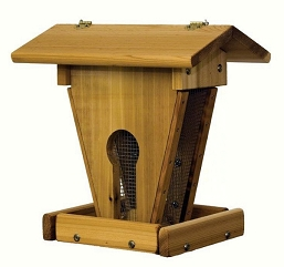 Select Cedar Keyhole Peanut and Seed Feeder