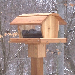 Select Cedar Barn Feeder Extra Large