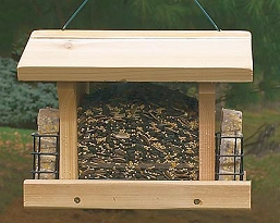 Audubon Large Ranch Feeder with Suet Cages