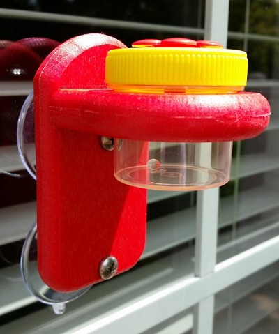 Nectar Dots Window Hummingbird Feeder Red/Yellow