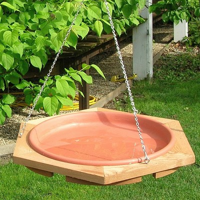 Classic 17 Inch Hanging Bird Bath